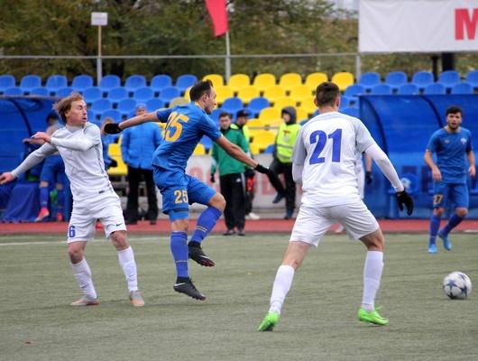 «Энергомаш» сыграл вничью с«Зорким»
