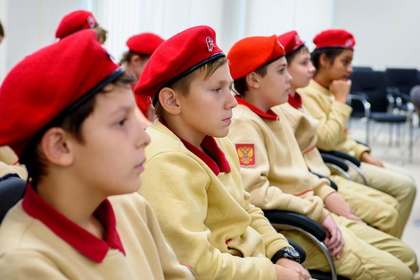 Профсоюз «Правда» ибелгородский штаб «Юнармии» подписали соглашение осотрудничестве*