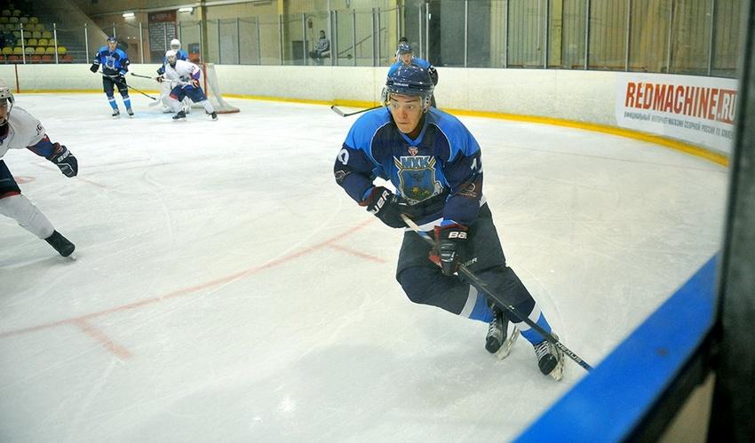 МХК«Белгород» дважды обыграла хоккеистов «Брянска»