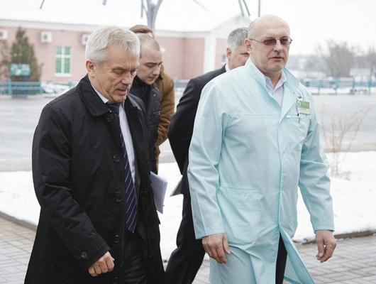 Губернатор предложил купить аппарат УЗИ дляофиса семейного врача вГоловчино