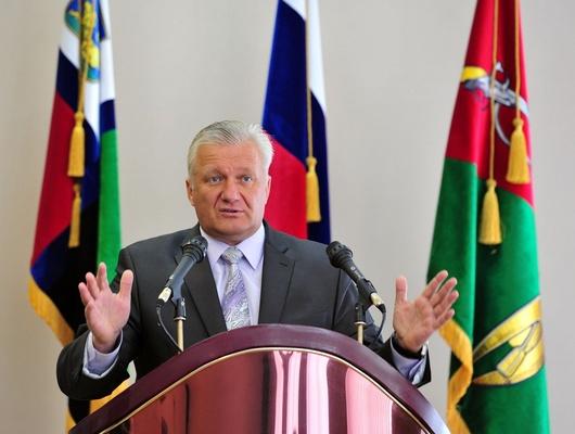 Старооскольская Общественная палата поддержала обращение оботставке главы округа