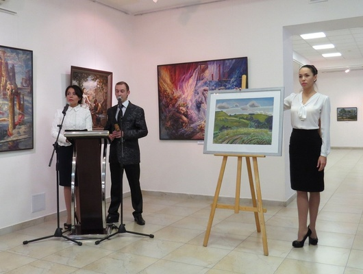 Нааукционе «Белый цветок» вБелгороде собрали около 800тысяч рублей