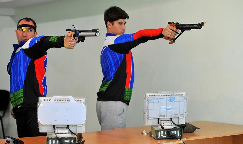Белгородские стрелки сограничениями поздоровью завершили сезон