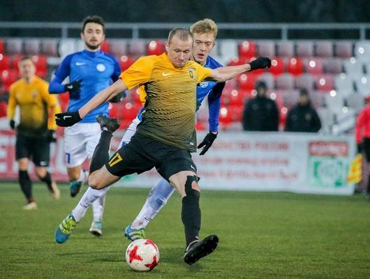 «Энергомаш» проиграл навыезде московскому «Арарату» сосчётом 0:1