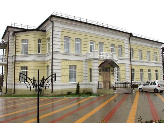 Новая жизнь старинного особняка. Какнаследие дворян Ковалевских служит культурному развитию Ютановки