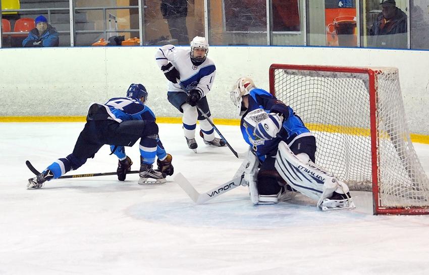 МХК «Белгород» провела два домашних матча