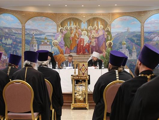 Бороться сволками вовечьей шкуре. Белгородское духовенство обсудило насущные вопросы