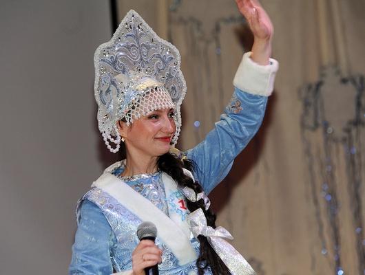 Оскольской Снегурочкой–2017 стала воспитатель детсада Ирина Гранкина