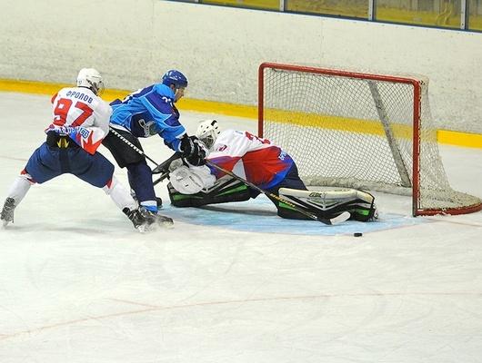 Белгородские хоккеисты дважды победили «Брянск»