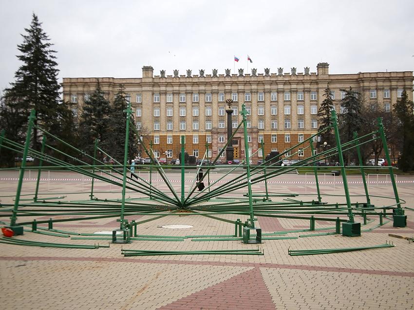 Соборная площадь предстанет в новогоднем убранстве 23 декабря