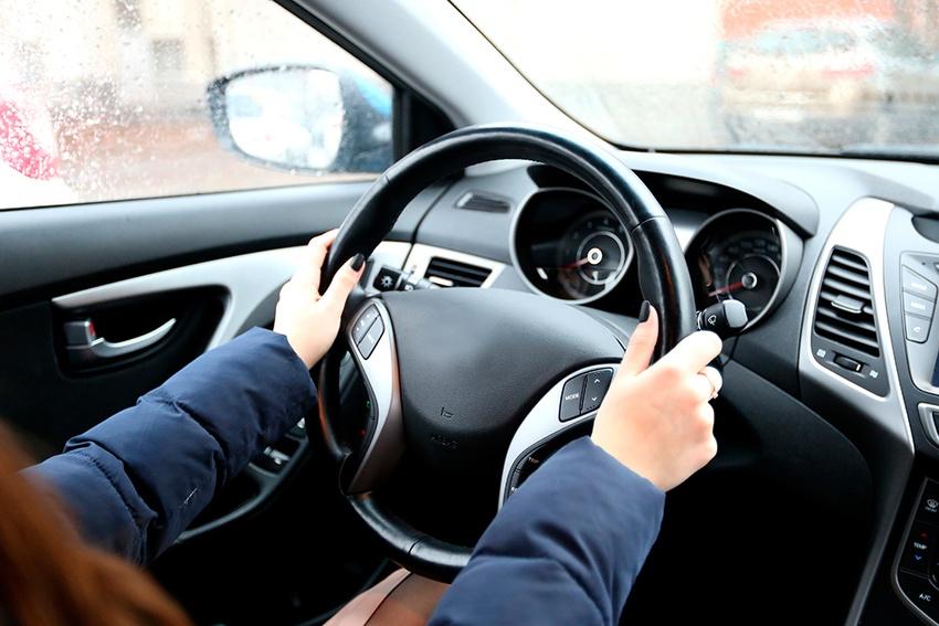 Как безопасно ездить зимой наавтомобиле?
