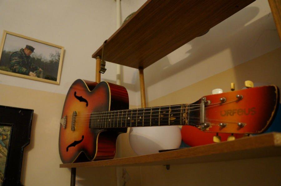 «Начиналось у нас все с двух самодельных штанг, гантелей и гитары. Зато было весело»